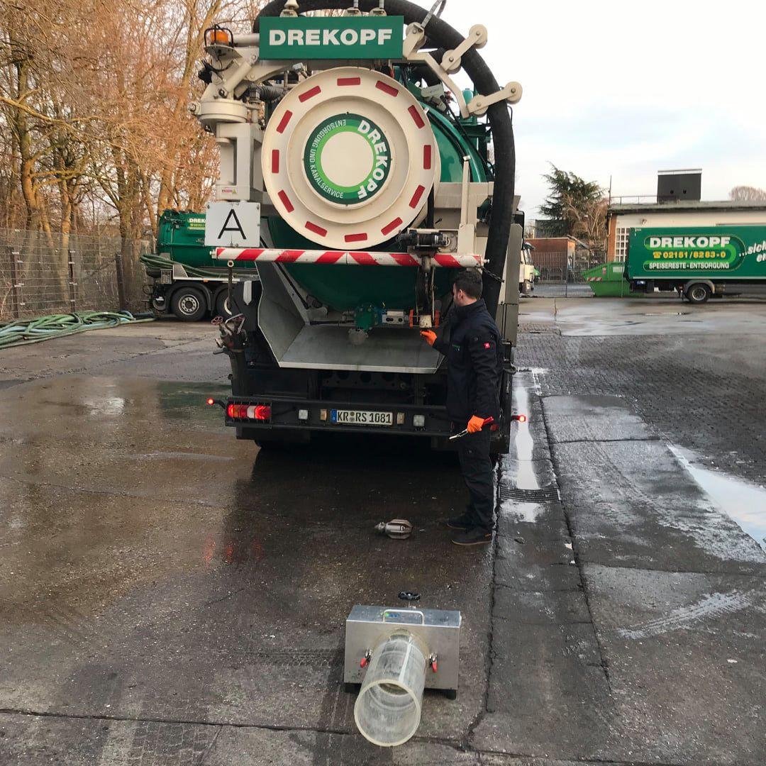 Durchflussprüfung unserer Saug- und Spülfahrzeuge